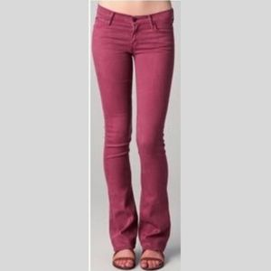 Mother The Runaway Jeans in Pop! Raspberry Size 28